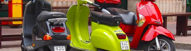 scooter-250491_1280