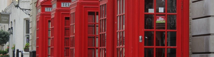 red-phone-box-323518_1280
